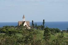 20.宮古島の南部に位置し約100万坪のジギラリゾートの中にあります