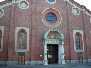 【最後の晩餐】が描かれたサンタ・マリア・デッレ・グラツィエ教会