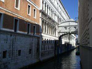 大小の運河がいっぱい